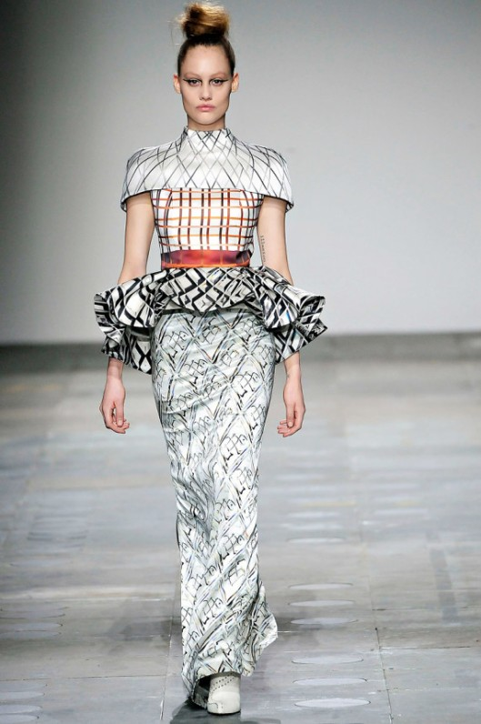 mary katrantzou fall 2012 2www.vogue.com