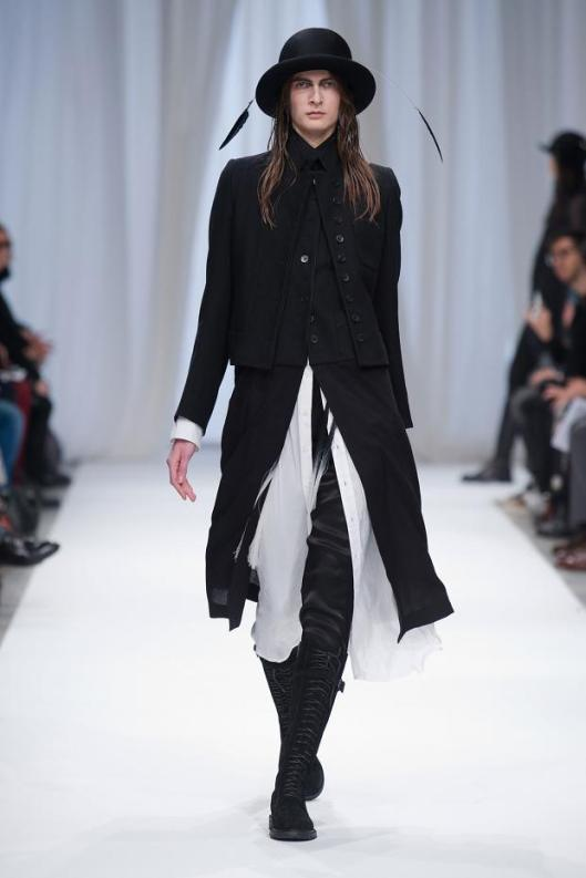 ann-demeulemeester-autumn-fall-winter-2013-pfw4