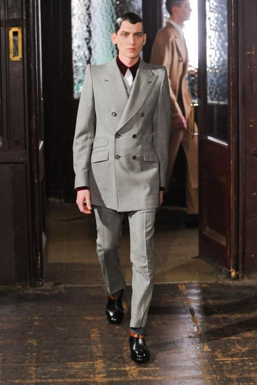 alexander-mcqueen-mens-autumn-fall-winter-2013-lfw14