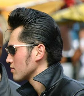 Pumped Up Men S Hairstyling A La Danny Zuko Meappropriatestyle