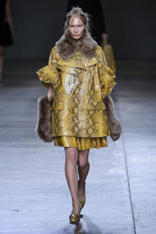 simone-rocha-autumn-fall-winter-2014-lfw6