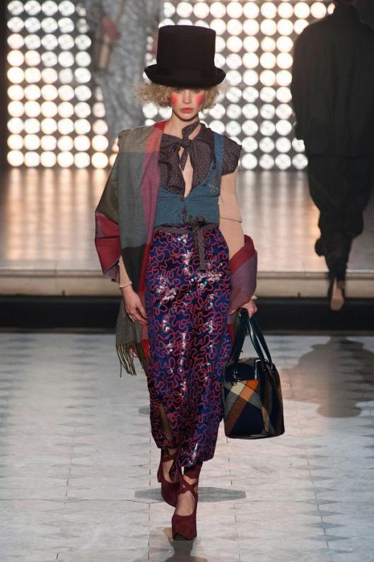 vivienne-westwood-autumn-fall-winter-2014-pfw13