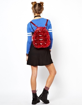 backpack bubble bag by Isolated Heroes