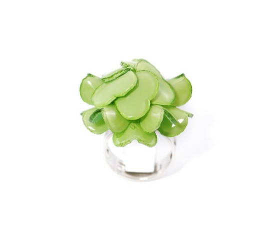 jewel cilea geranium ring