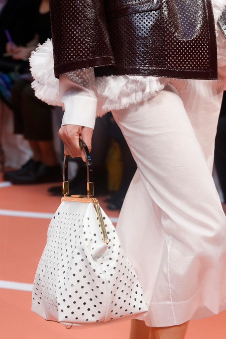 marni perforated white bat_D7Q0435.450x675