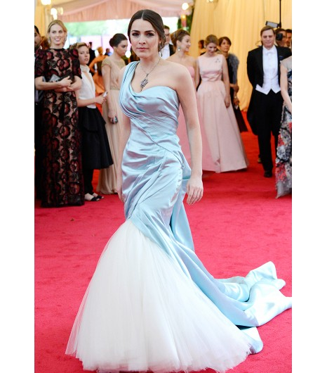 met ball bee shaffer in alexander mcqueen custom pale blue satin_tulle