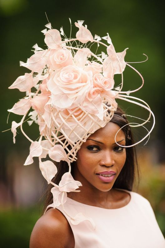 royal ascot mirror3Ladies-Day-at-Royal-Ascot-2014
