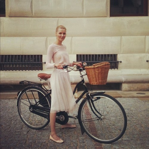 cycle fashion from free.frbicicleta-moda-bike-fashion 4