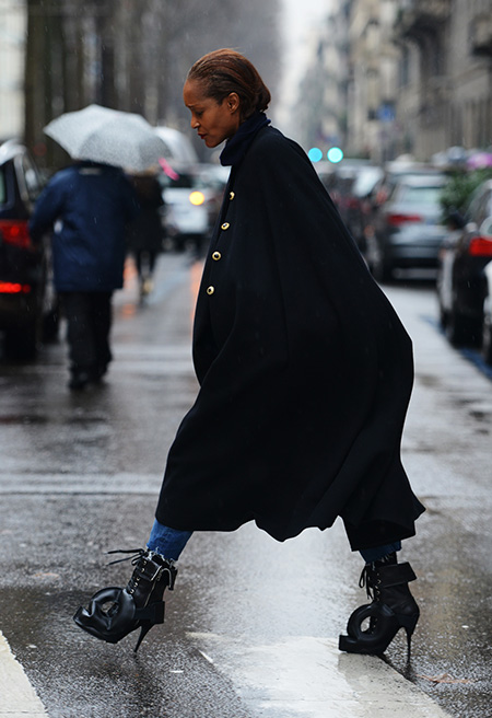 cape shape military gold buttons tt020714_Tommy_Ton_rtw_Fall_2014_slide_156