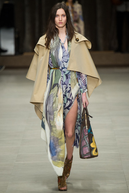 cape shape trench burberry prorsum christopher baileyKIM_0033.450x675
