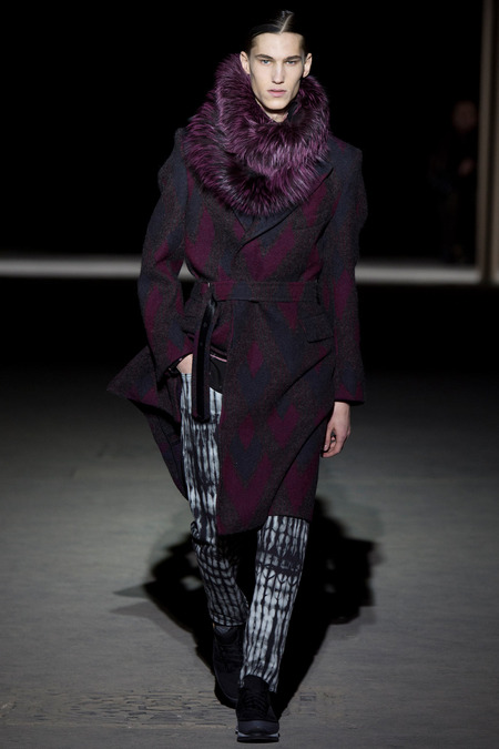 fuzzy dries van noten styleNOT_0251.450x675