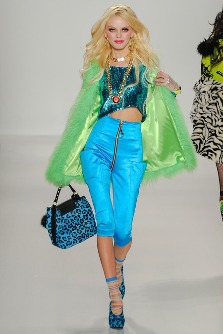 fuzzy flourescent green coat betsey johnson_LKV1796.450x675