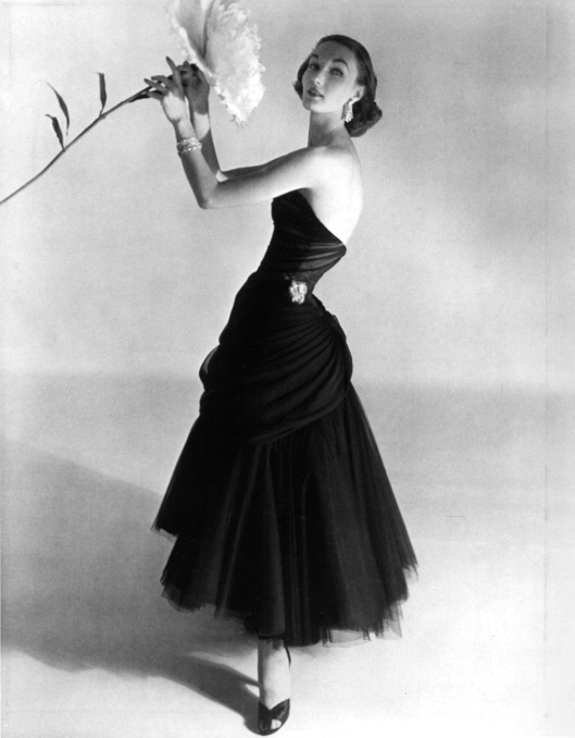 horst, Evelyn tripp in Charles james dress 1951 onlyoldphotographytumblr_m5k8tiy0Ux1rw3fqbo1_1280