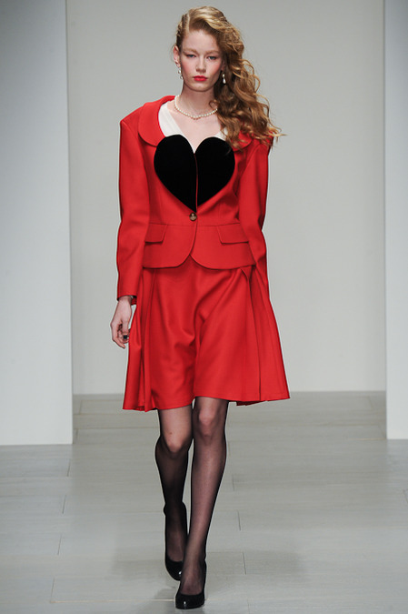 skirt suit westwood red label a14KIM_0144.450x675