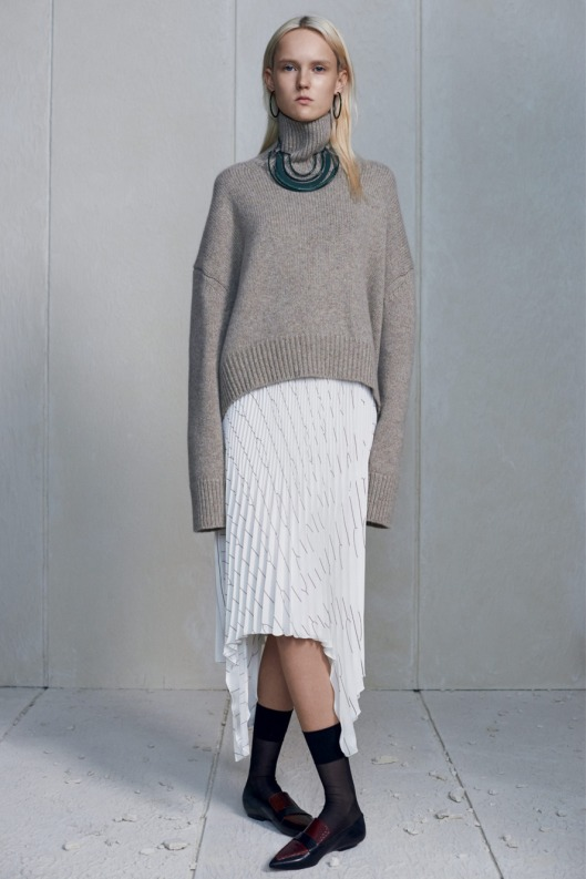 to finger sweater celine prefall nymag use5.nocrop.w1800.h1330