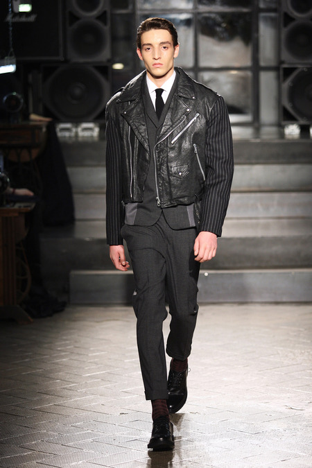 '60s vibe mens suit_leather jacket AntonioMarras_037_1366.450x675