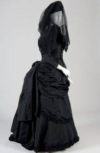mouring full attire, women's, victorian,