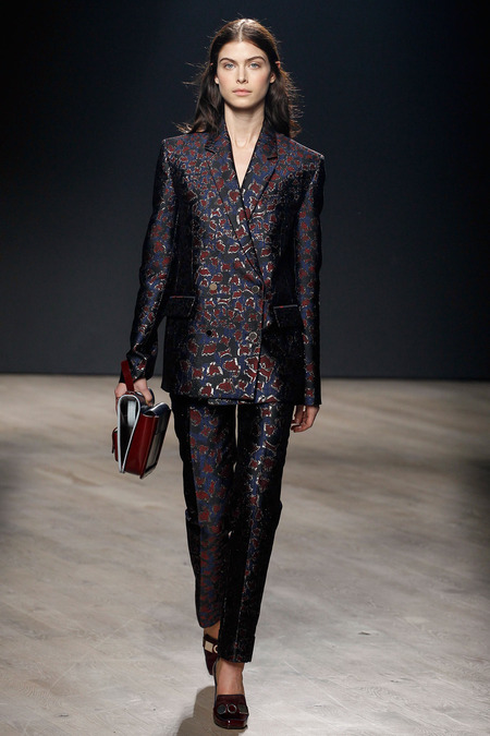 trouser suit fashion mary katrantzou a14_ARC0223.450x675
