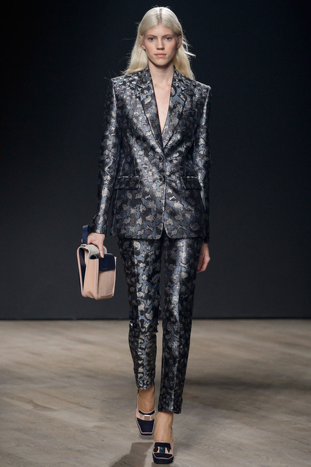 trouser suit mary katrantzou a 24 style_ARC0249.450x675