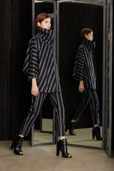 trousersuit CUT25 by Yigal Azrouel a14 style_014_1366.450x675