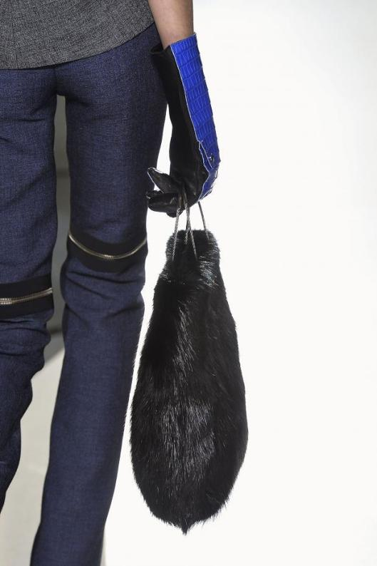accessories, a 14, balenciaga, fuzzy bag, fashionising-details-autumn-fall-winter-2014-pfw78
