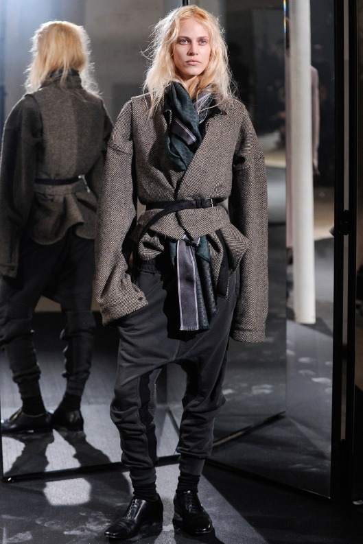 scarf fashion, women, haider ackermann
