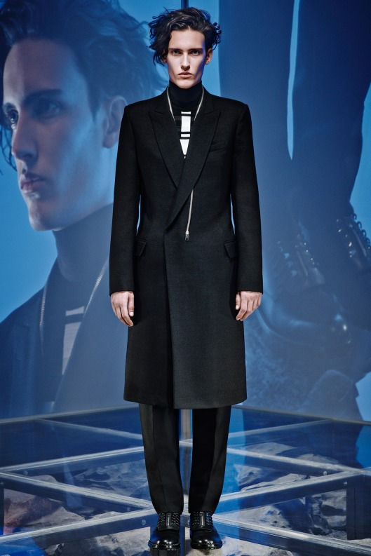 mens overcoat, balenciaga, a14, asymmetric close