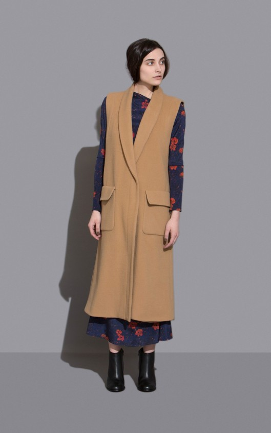 rachel comey, sleeveles coat, large front pockets,