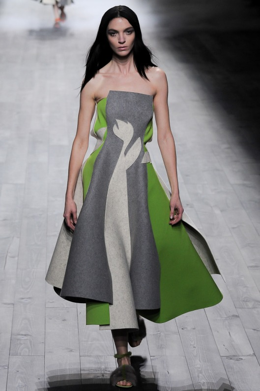 autumnal green, dress, strapless, wool, grey, vionnet, a14, style LAR_1163.1366x2048