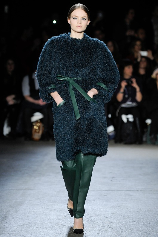 autumnal green, leather trousers, coat, siriano, a14, style_LKV7670.1366x2048