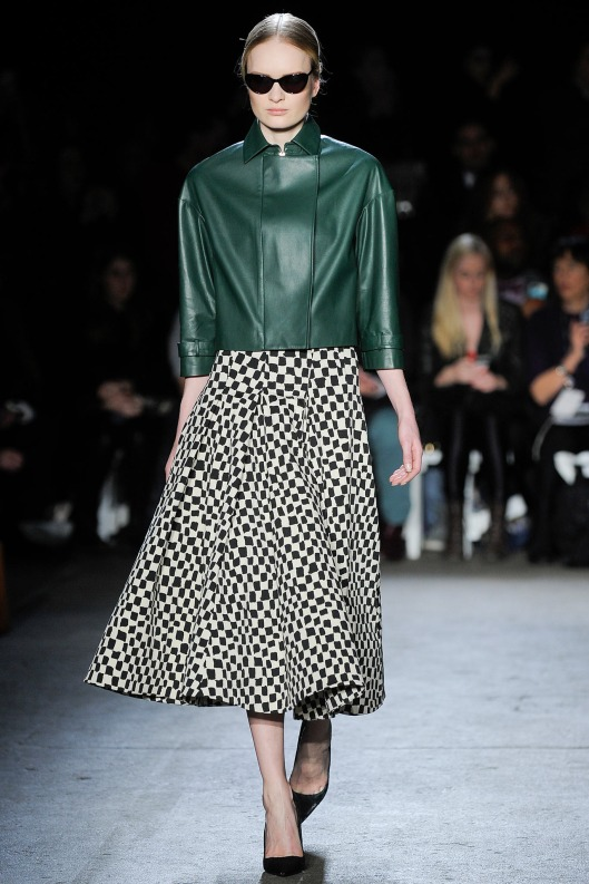 autumnal green top, christian siriano, a 14 , style_LKV7731.1366x2048