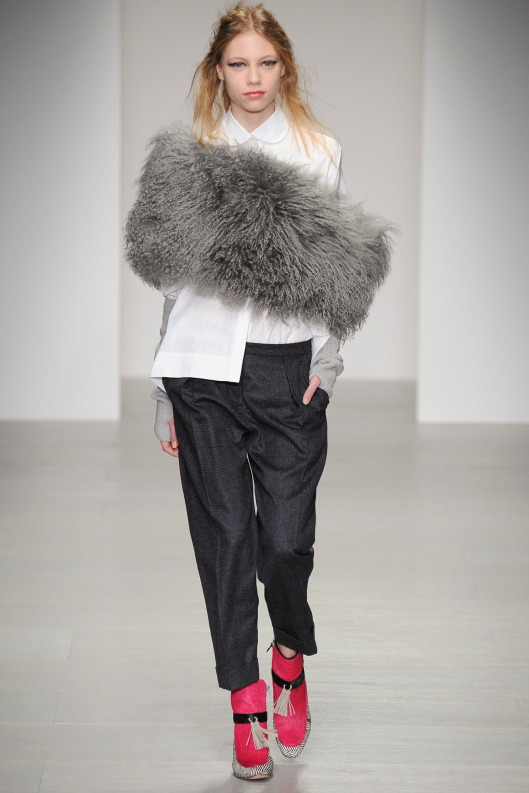 body muff, eudon choi, faux fur