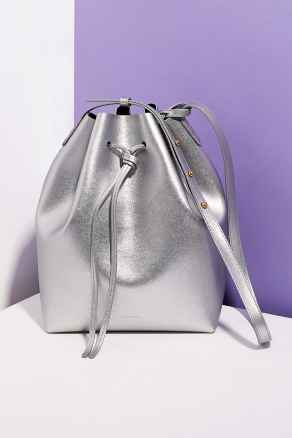 silver metallic bucket bag, mansur gavriel for opening ceremony