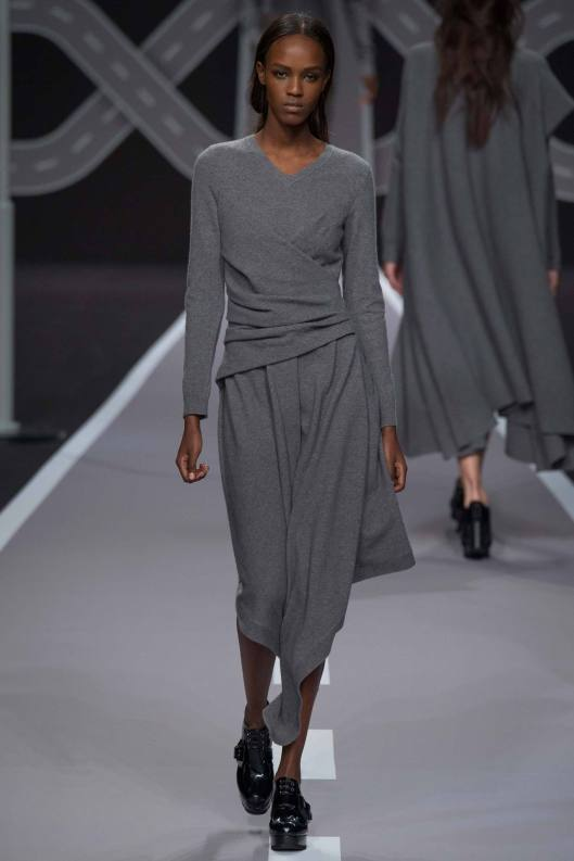 groutfit, women, dress viktor& rolf