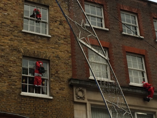 london town, hols 2014, santas scaling walls