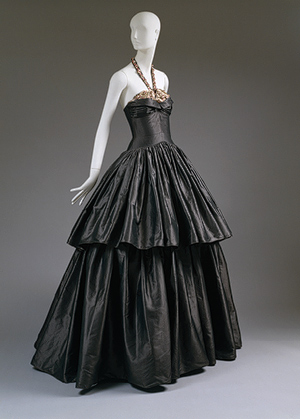 jeanne lanvin, steel grey silk taffeta, embroidered with metallic, sequins, pink beads, Cyclone dress