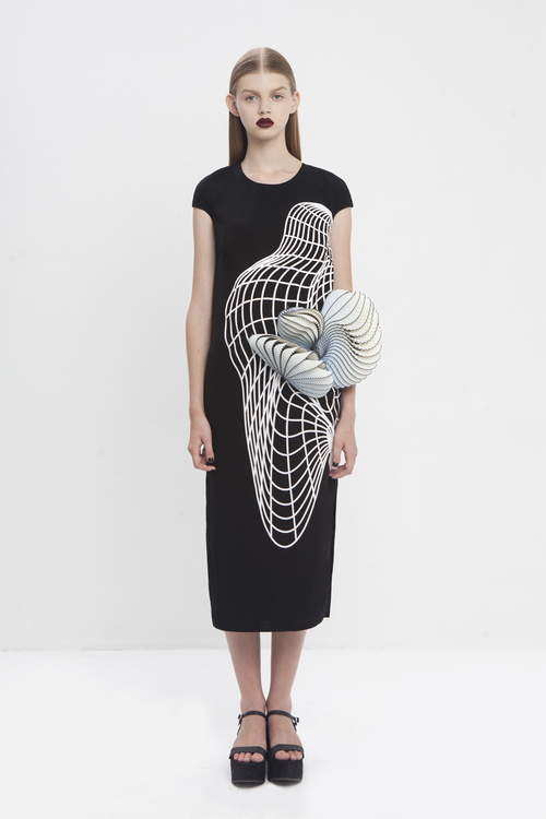 noa raviv, graduate collection, black dress