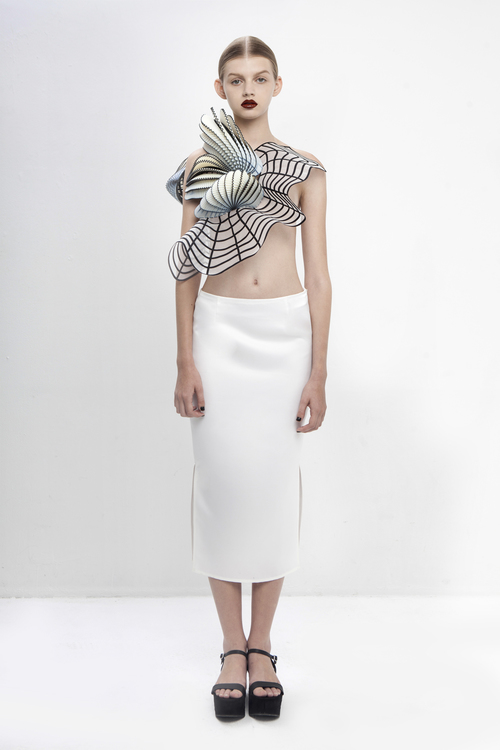 noa raviv, graduate collection, single shoulder top