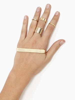 palm cuff, single gold bar