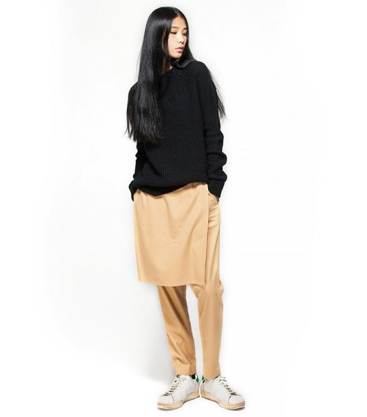 trousers with split skirt beige, black sweaterr