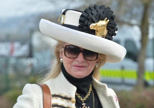 cheltenham, 2015, winning ribbon hat