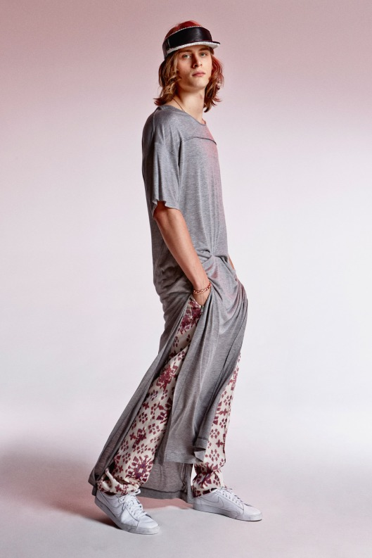 beach wear, men, long tee, side, slits, resort, 15 Baja_East_028_1366.1366x2048