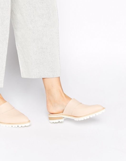 pointed toe flat mules, grip tread