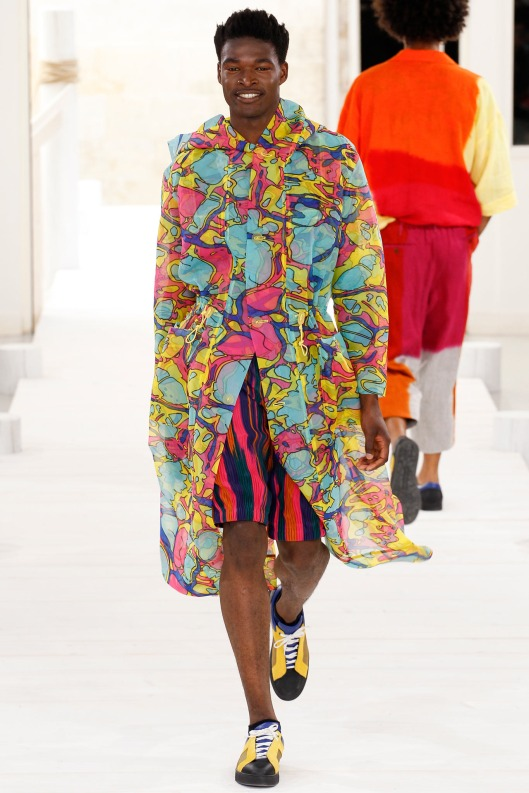 spring colours, men, 15, issey miyake, psychedelic print