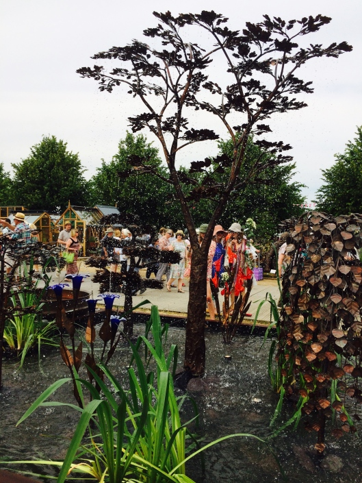 hampton court flower show, 2015