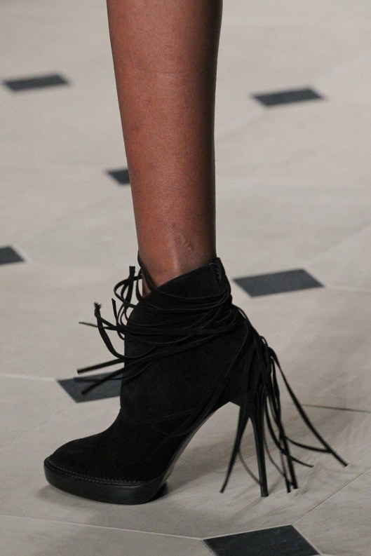 shoes, ankle boot, a 15, burberry, fringe black
