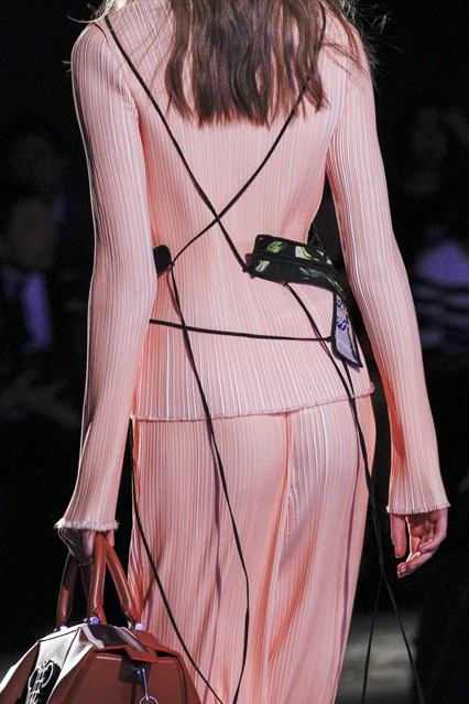 spring 2016, MFW, emilio pucci, blush pink top_trouser outfit, black embroidered overlay_