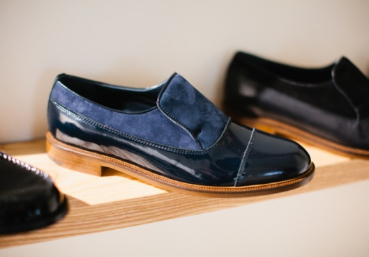 meandher shoes,blue suede_patent leather
