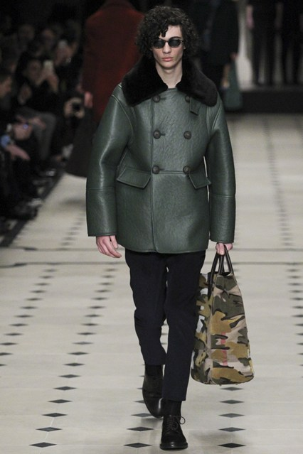 men, outerwear, a15, double breast , leather, green, faux fur black collar, burberry prorsum