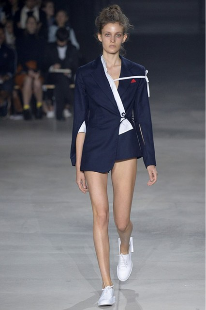 pfw, spring 2016, suit jacket deconstruction, navy jacquemus